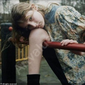 meene-hellen-van-1972-netherla-untitled-girl-in-playground-1439006